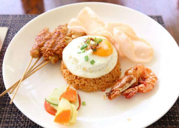 ข้าวผัด เมนูอาหารไทยที่โด่งดังไปถึงประเทศมาเลเซีย เมนูอร่อยและฮอตฮิตที่ใคร ๆ ชอบทาน