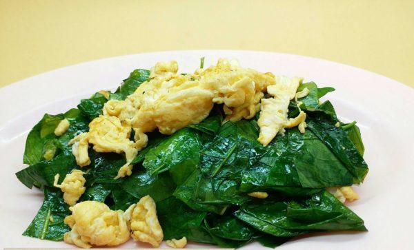 3 เจ้าเด็ด เมนูใบเหลียงผัดไข่ เอาใจสายอาหารใต้ ผู้รักสุขภาพ ไม่ต้องไปทานไกลถึงภาคใต้