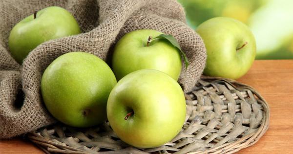 แอปเปิ้ลเขียว-อาหารที่มีกากใย ไฟเบอร์สูง