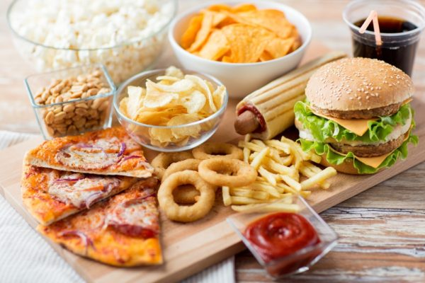 อาหารฟาสฟู้ด กับความเป็นมาที่น่าสนใจ แบรนด์ดังจากต่างประเทศเข้ามาในบ้านเรากันมากขึ้น