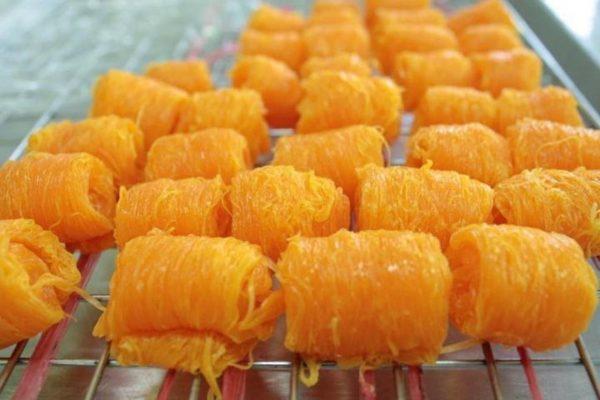 ขนมฝอยทอง เมนูขนมแบบไทยๆหวานชื่นใจแสนอร่อยของโปรดของใครหลาย ๆคน