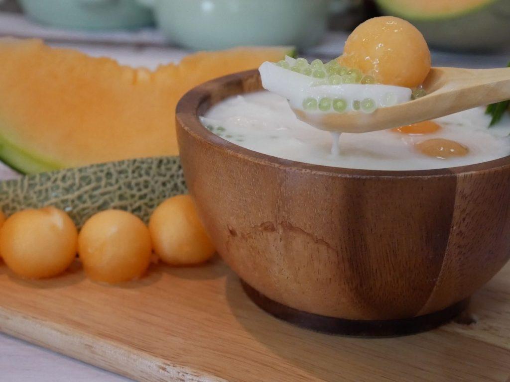 ขนมไทย สาคูแคนตาลูปนมสด