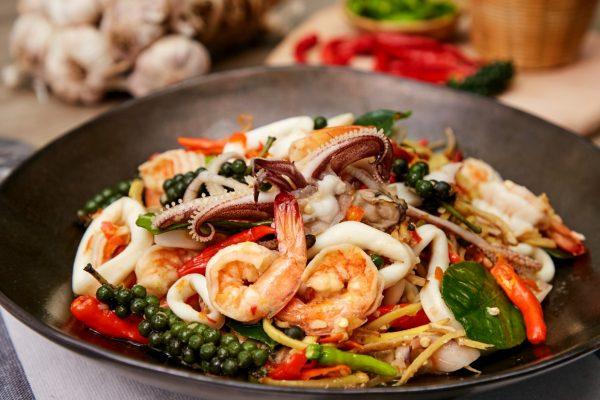 ทานเมื่อไหร่ก็อร่อยถูกใจกับเมนู ซีฟู้ดผัดฉ่า อาหารทะเลแสนอร่อย