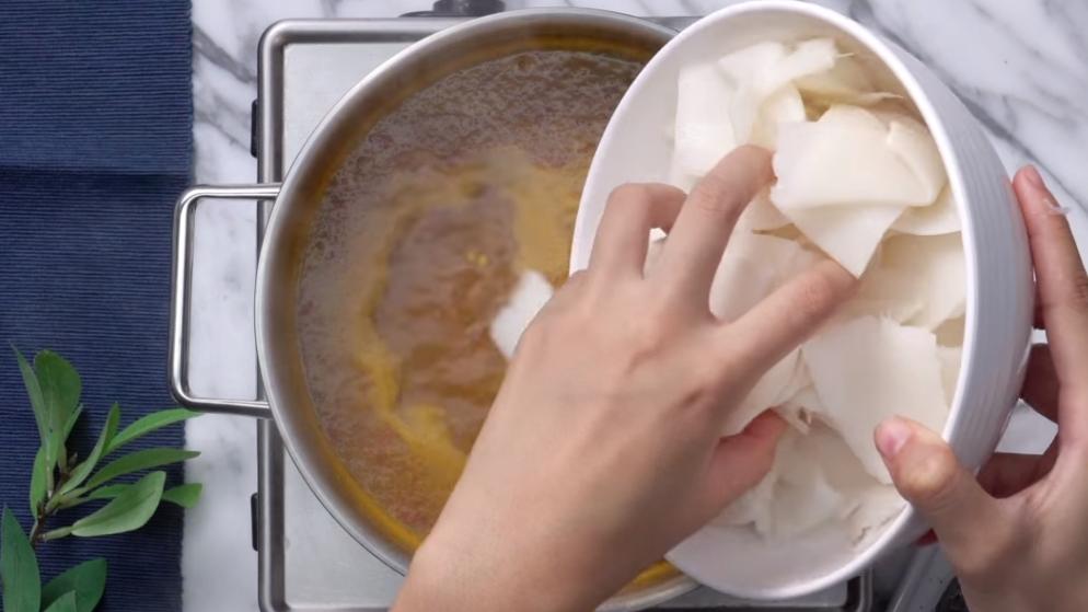 เคล็ดลับการทำเมนู แกงเหลืองหน่อไม้ดอง